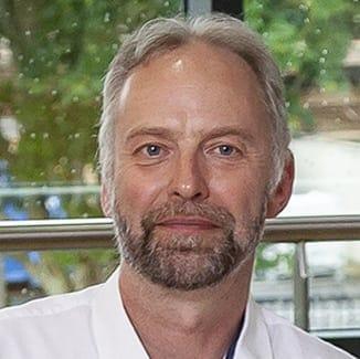 Dr. Luc K. Bellière